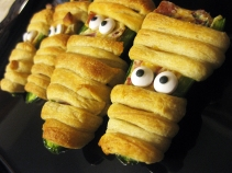 Jalapeno Popper Mummies